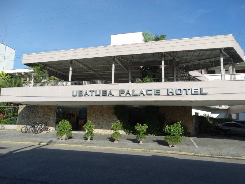 UBATUBA PALACE HOTEL OFERECE PACOTES ESPECIAIS DE CARNAVAL